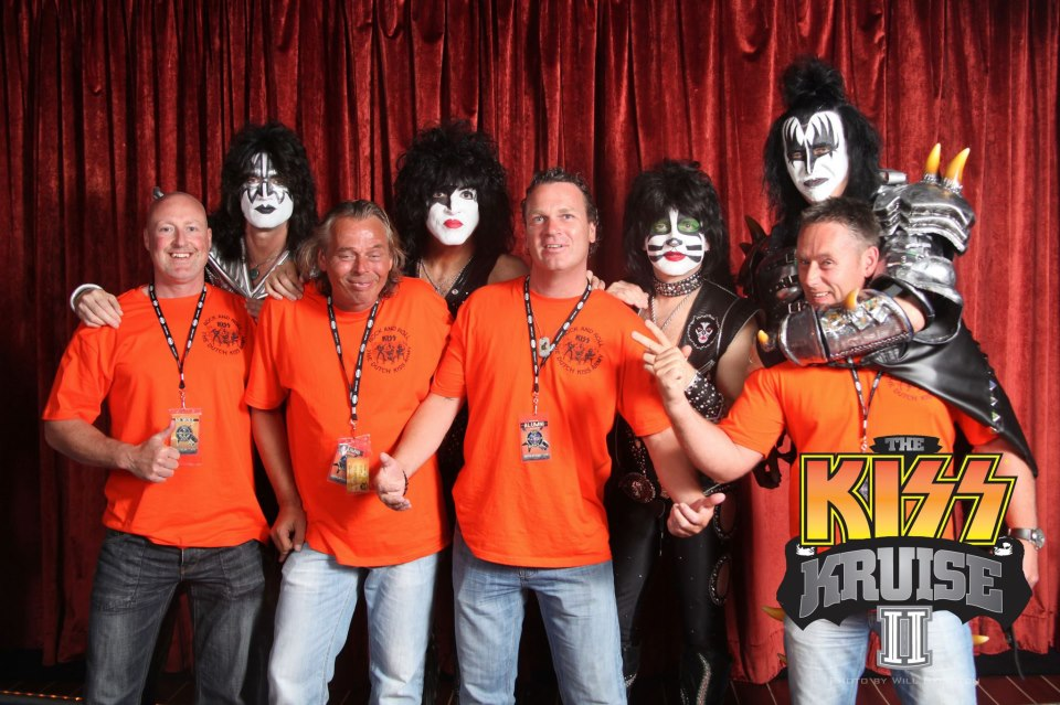 click on photo to check Jelle's Facebook KISS Kruise II photo albums